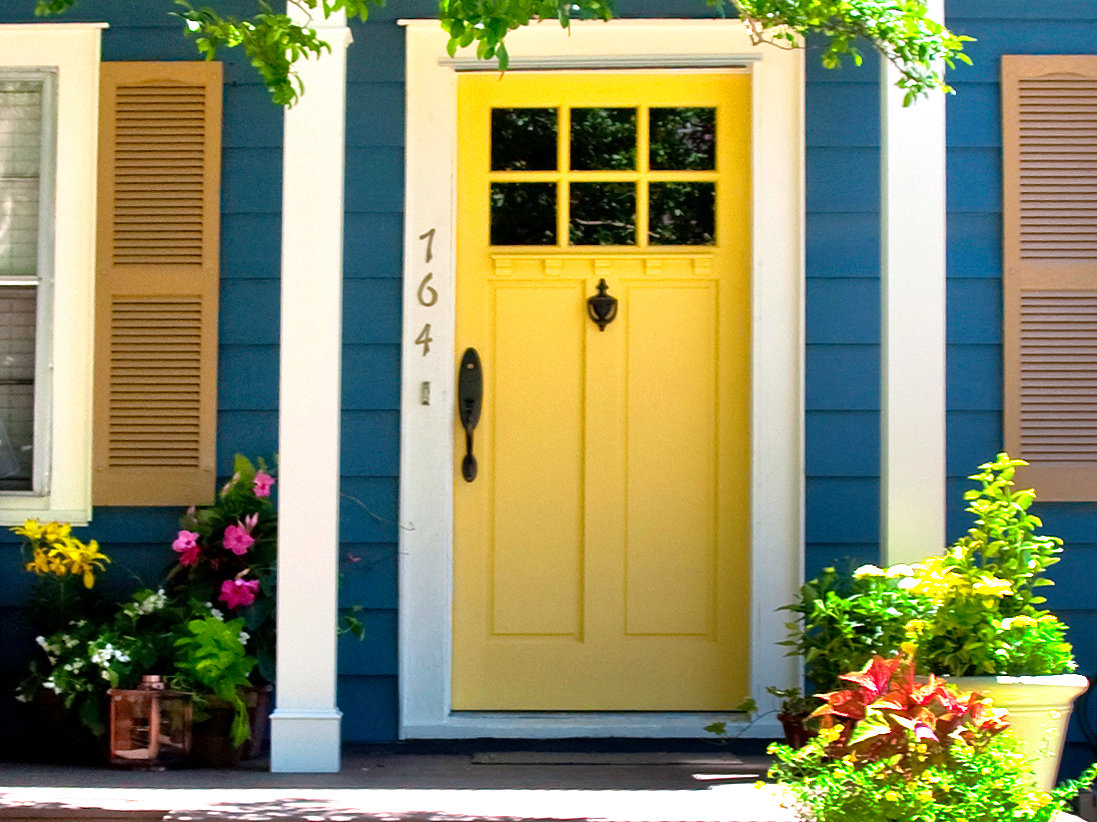 Exterior Paint Schemes And Consider Your Surroundings | HomesFeed