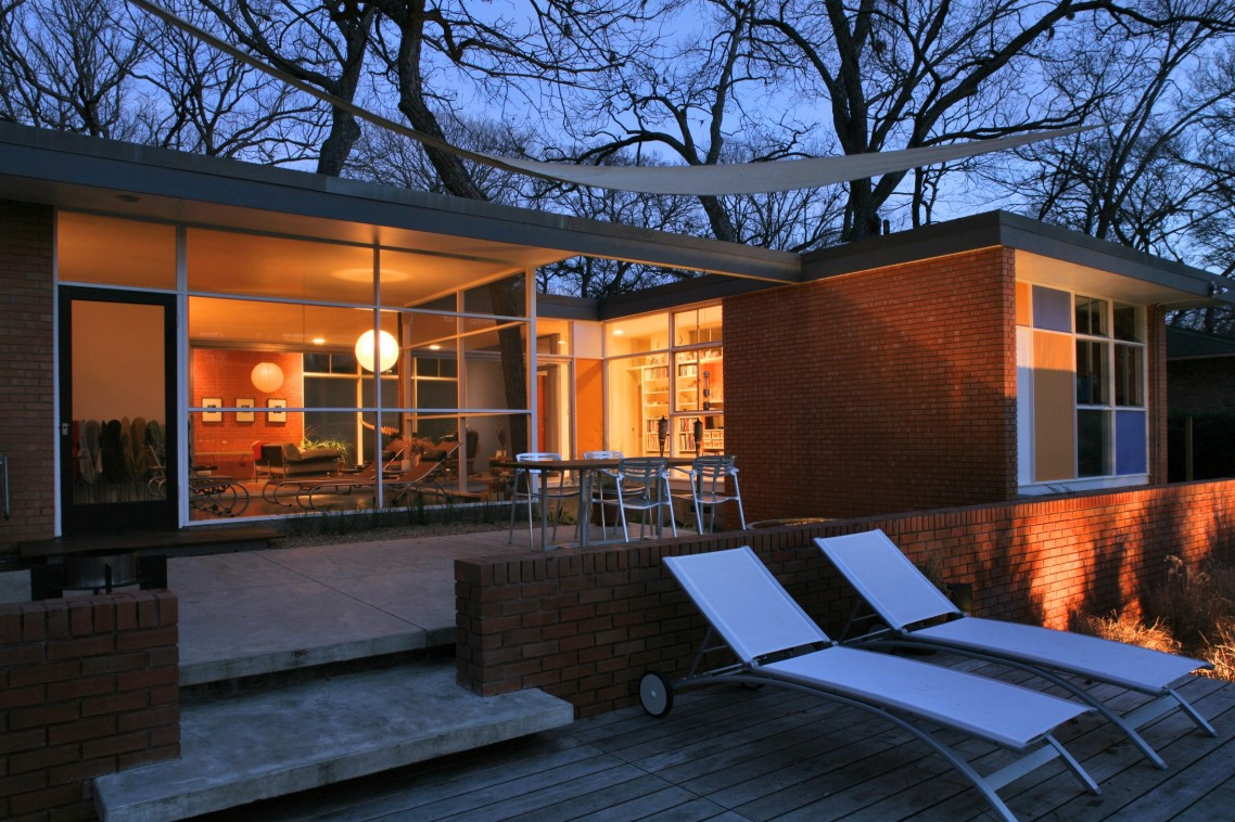 best midwest home design. Fashionable Architecture Utilizing Glasses Wall plus Door White Lounge  Chairs Outside Amazing landscape design Home Get The Best Look At Landscape Design HomesFeed