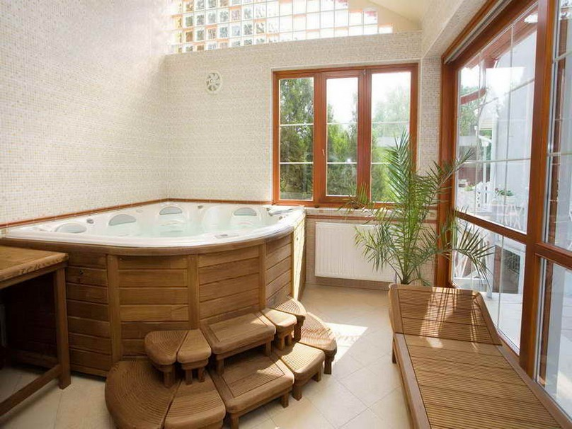 Amazing Japaense Bathroom Design With Traditional Bathtub Also Interesting  Low Profile Lounge Chair With Amazing Glass
