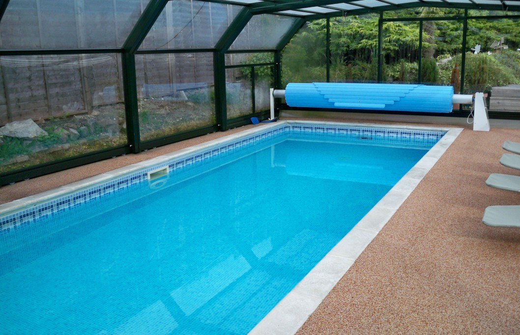 beautiful swimming pool decoration ideas in again yard of fashionable house with white border additionally has