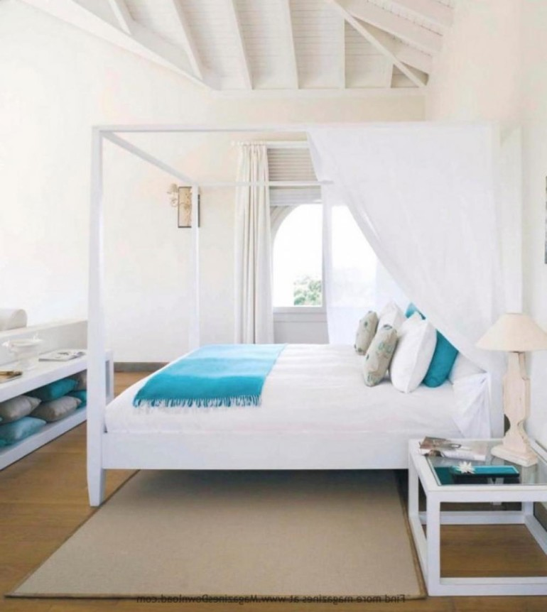Get colorful and fun thing with beach theme bedroom - Beach themed room decor ...