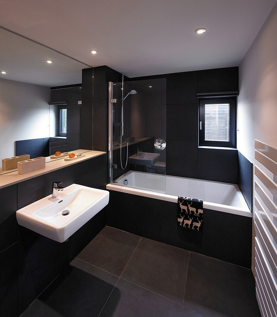 Bathroom Elegant Black White Bathroom Interior With: Sophisticated Black Bathroom To Create Natural Ambiance