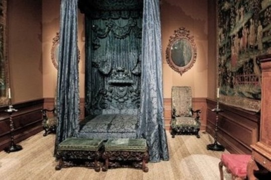 Exceptional or maybe creepy steampunk bedroom ideas for - Steampunk bedroom ideas ...