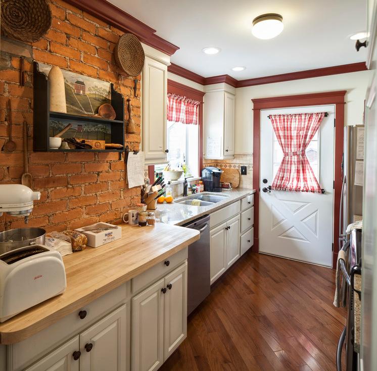 Farmhouse Kitchen Cabinets: Elegant Farmhouse Kitchen For Your Inspiration