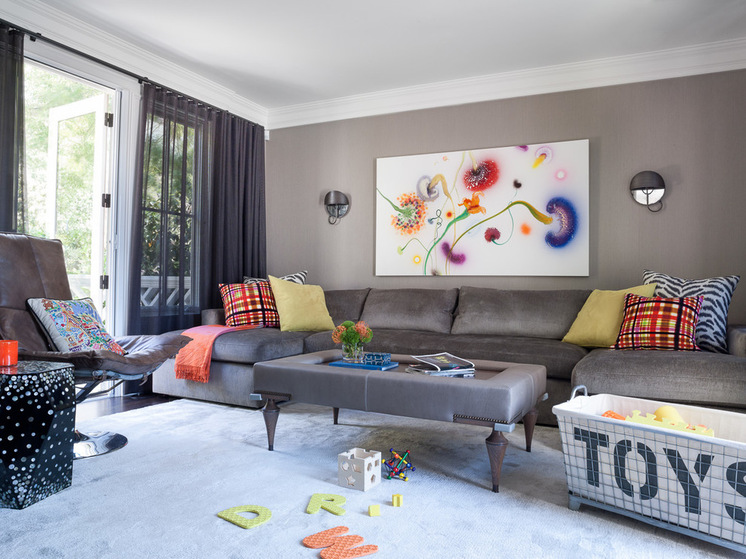 Creating a tidy and enjoyable living room in your house for Kid friendly family room design