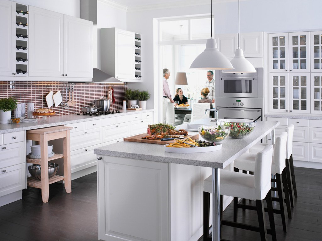 White Painted Kitcen Cabinets White