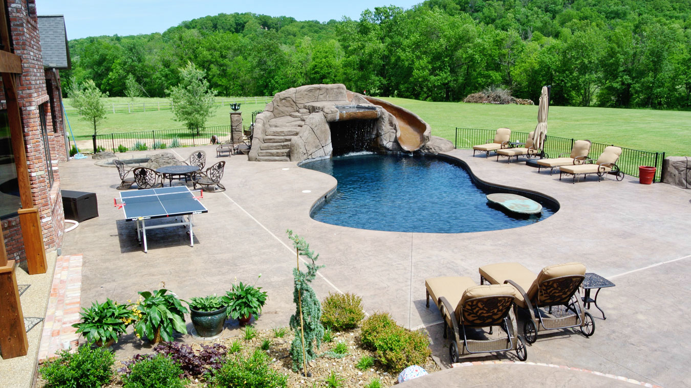 10 Gorgeous Inground Swimming Pools That Will Leave Your Mouth Open Homesfeed