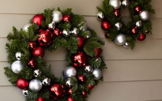 Christmas wreath ornament for outdoor wall in different size