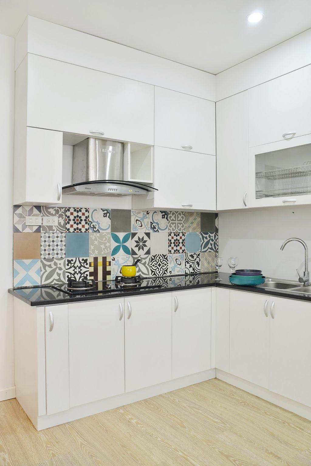 amusing colorful kitchen backsplash | Elegant Apartment In Hanoi Featuring Colorful Wall Tiles ...