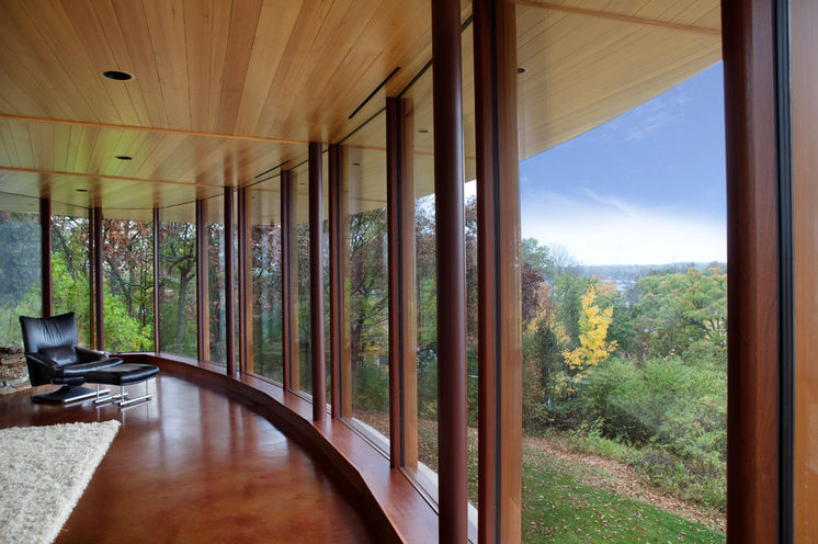 Amazing natural curved house architecture in wisconsin homesfeed - Amazing floor to ceiling windows design ...