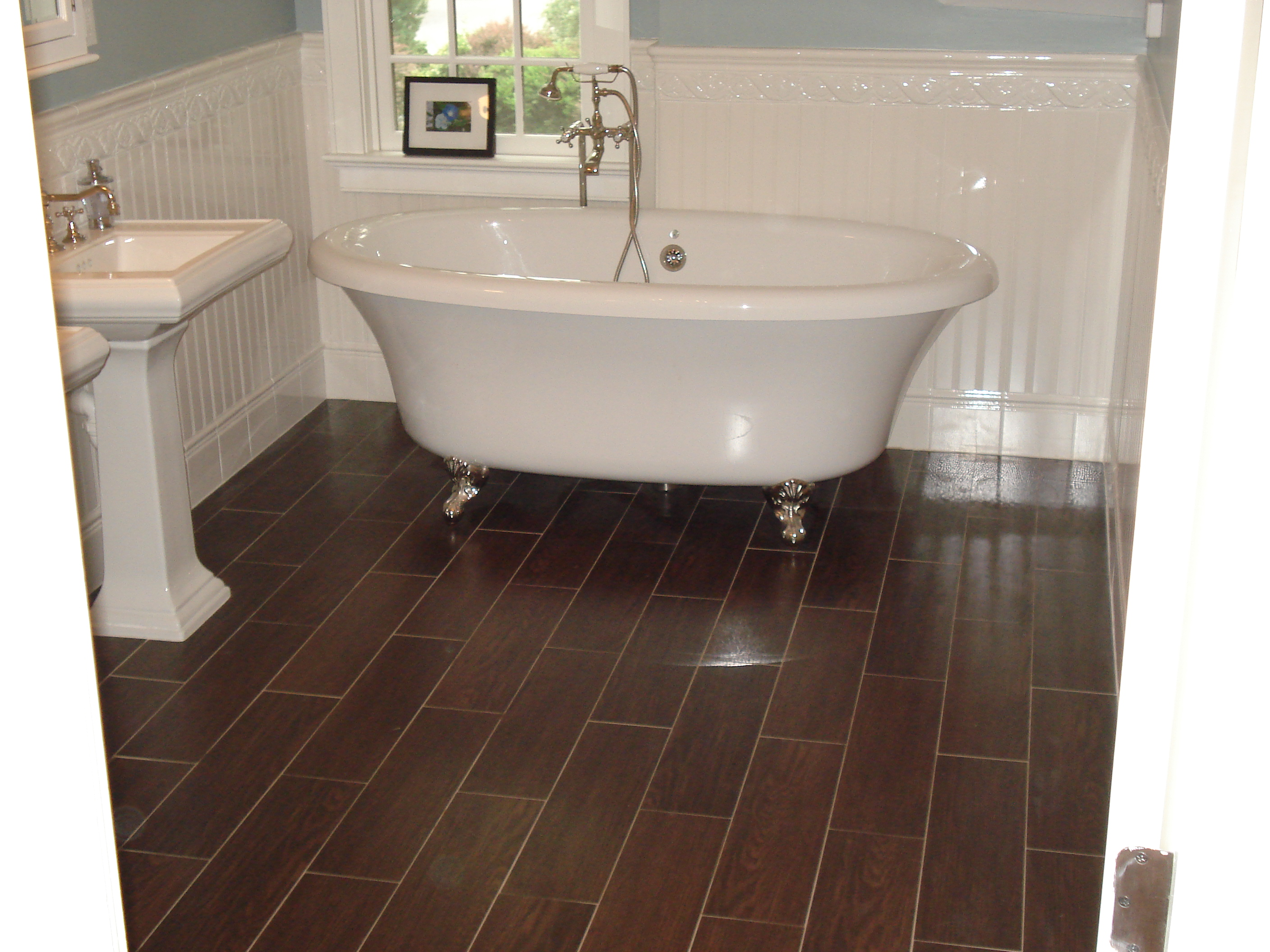 Tile look wood reviews a new reference in flooring industry glossy tiles wood floors classic style of bathtub square form sink single golden faucet dailygadgetfo Gallery