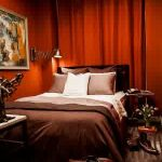 grgeous maroon be with eclectic brown bedsheet also ravishing abstract paiting in large carpeting concept