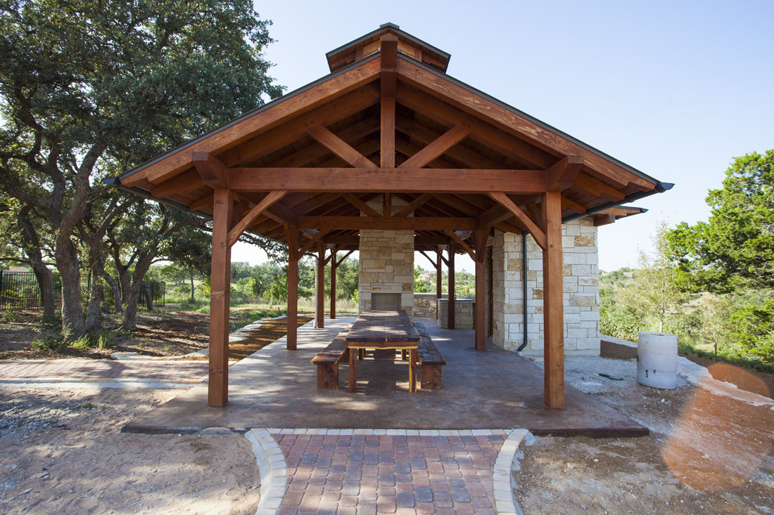 Outdoor Pavilion Plans: A Way to Expand Your Outdoor Area | HomesFeed