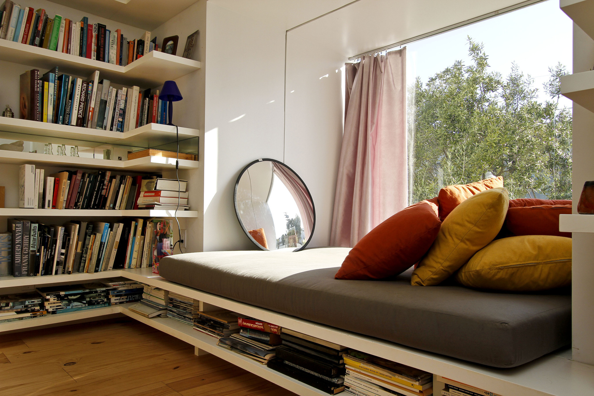 4 important things to design a reading nook homesfeed 1409334hmjohnfranehouserrd solutioingenieria Image collections
