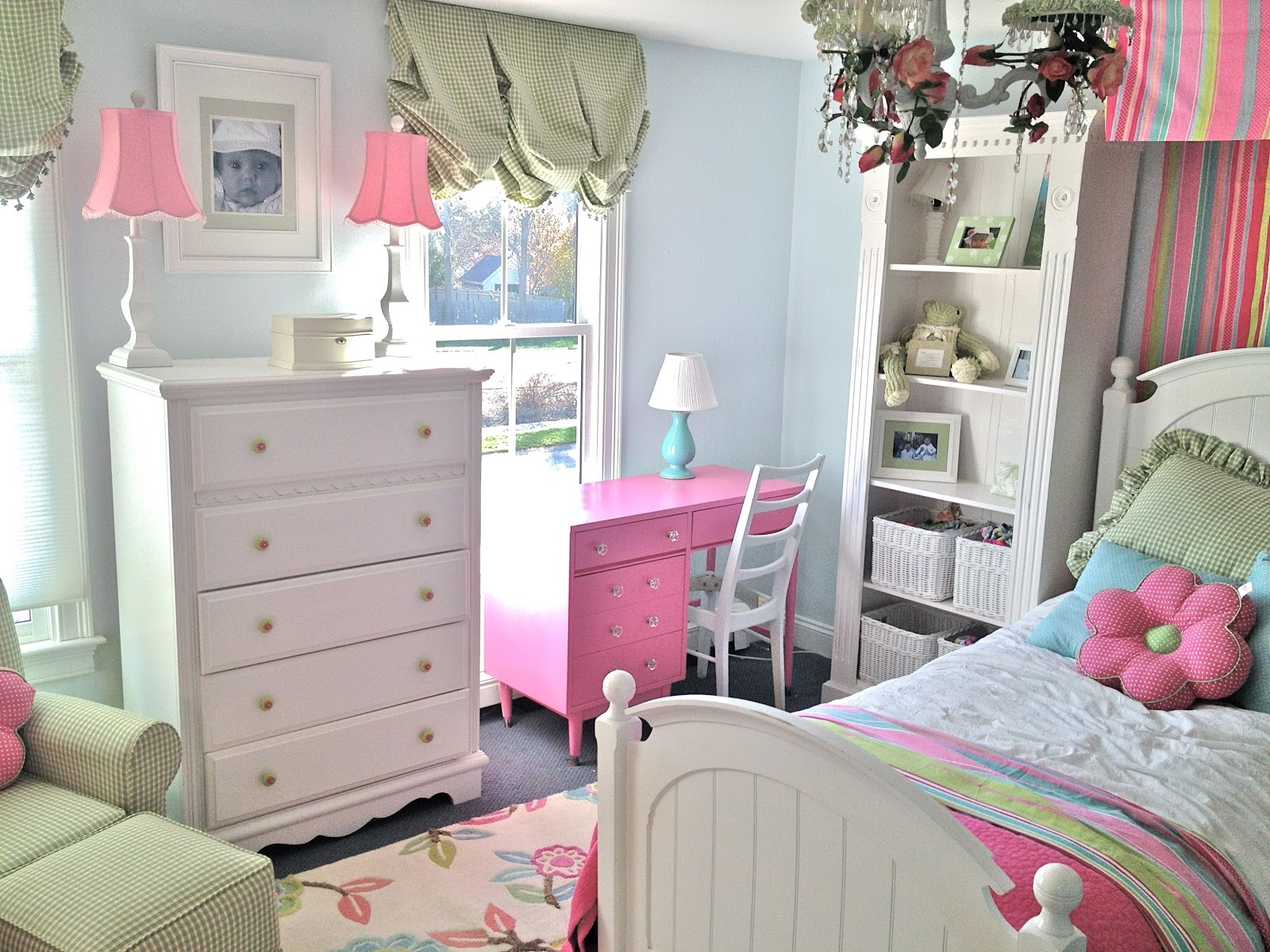 Light Blue Painted Wall White Vintage Drawer Pink Study Table Storage