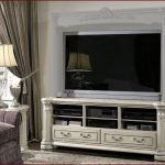 luxurious TV console  mid-centrury TV console classic-TV console with shelves TV console with drawers classic TV console with drawers chic TV console high-class TV console cyrstal table lamp entertainment center