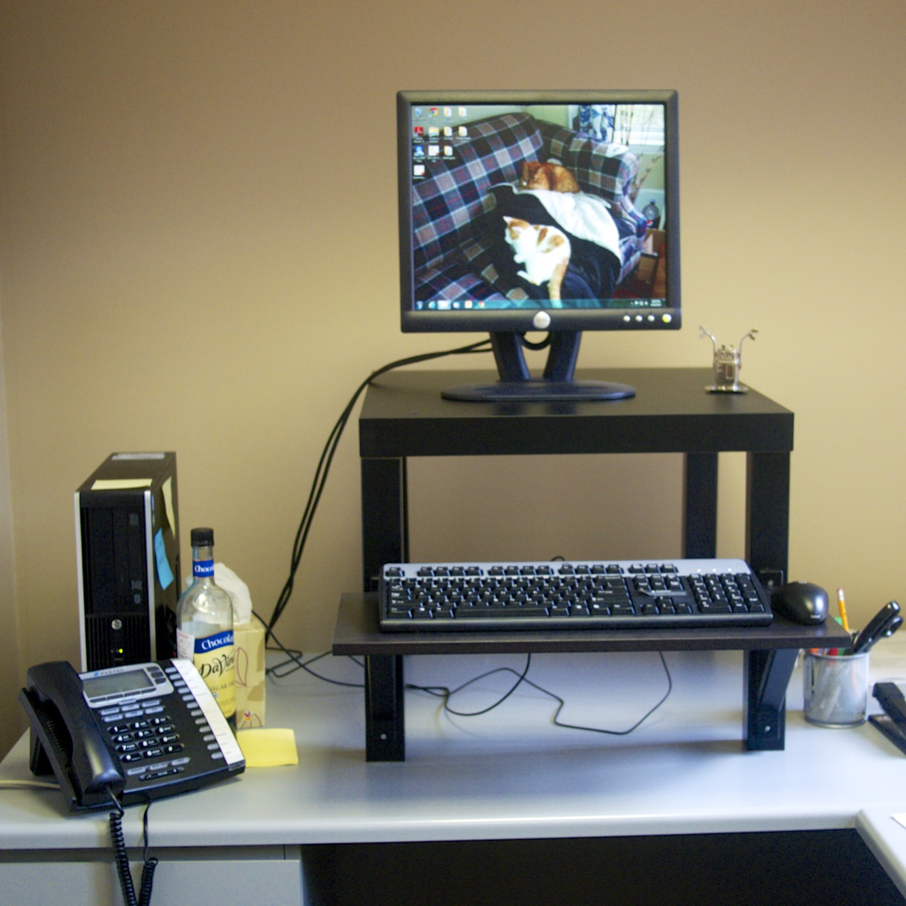 Diy ikea standing desk - Get Things Done While Standing 10 Diy Desk Designs To