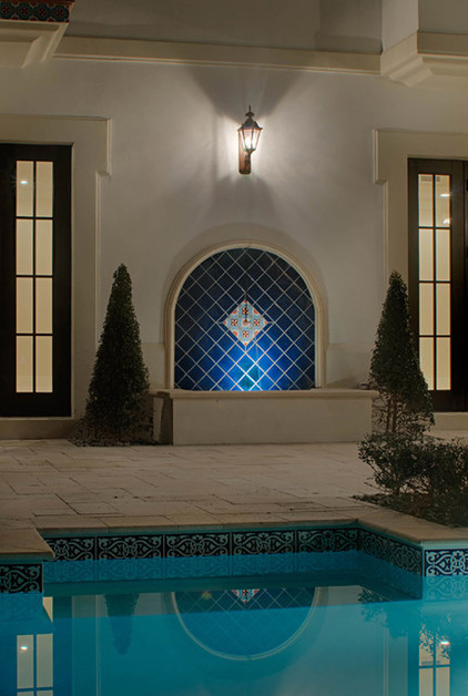 decorate  swimming pool  attractive tiles homesfeed