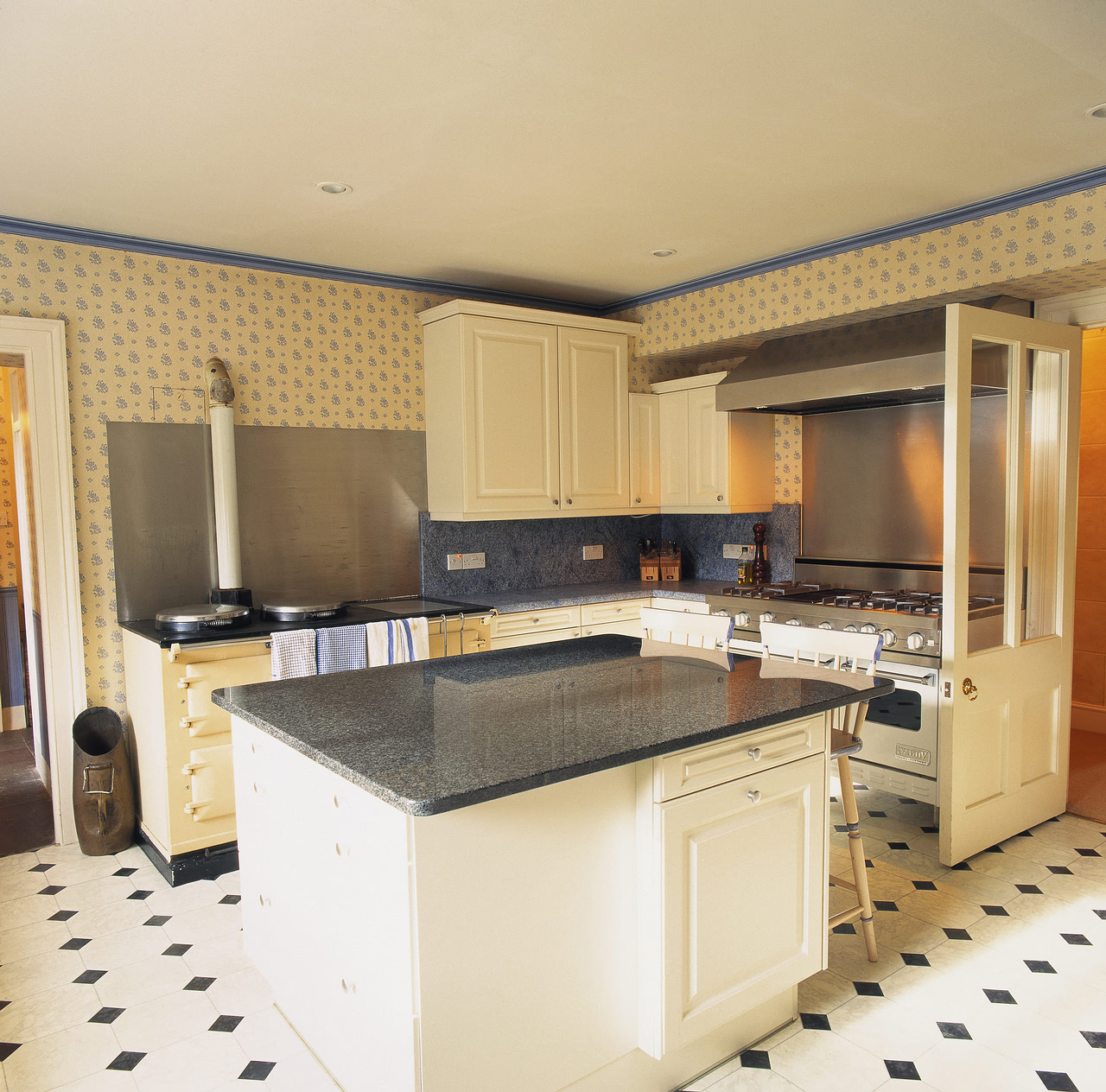 Modren black and white kitchen vinyl flooring floors before after black and white kitchen vinyl flooring best black and white tile kitchen floor ideas home dailygadgetfo Images