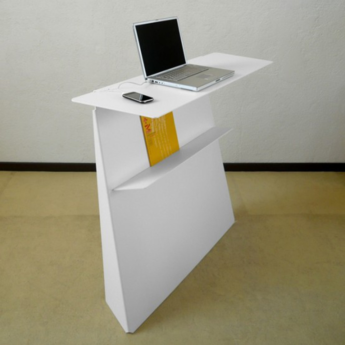 How to Make A Standing Desk | HomesFeed