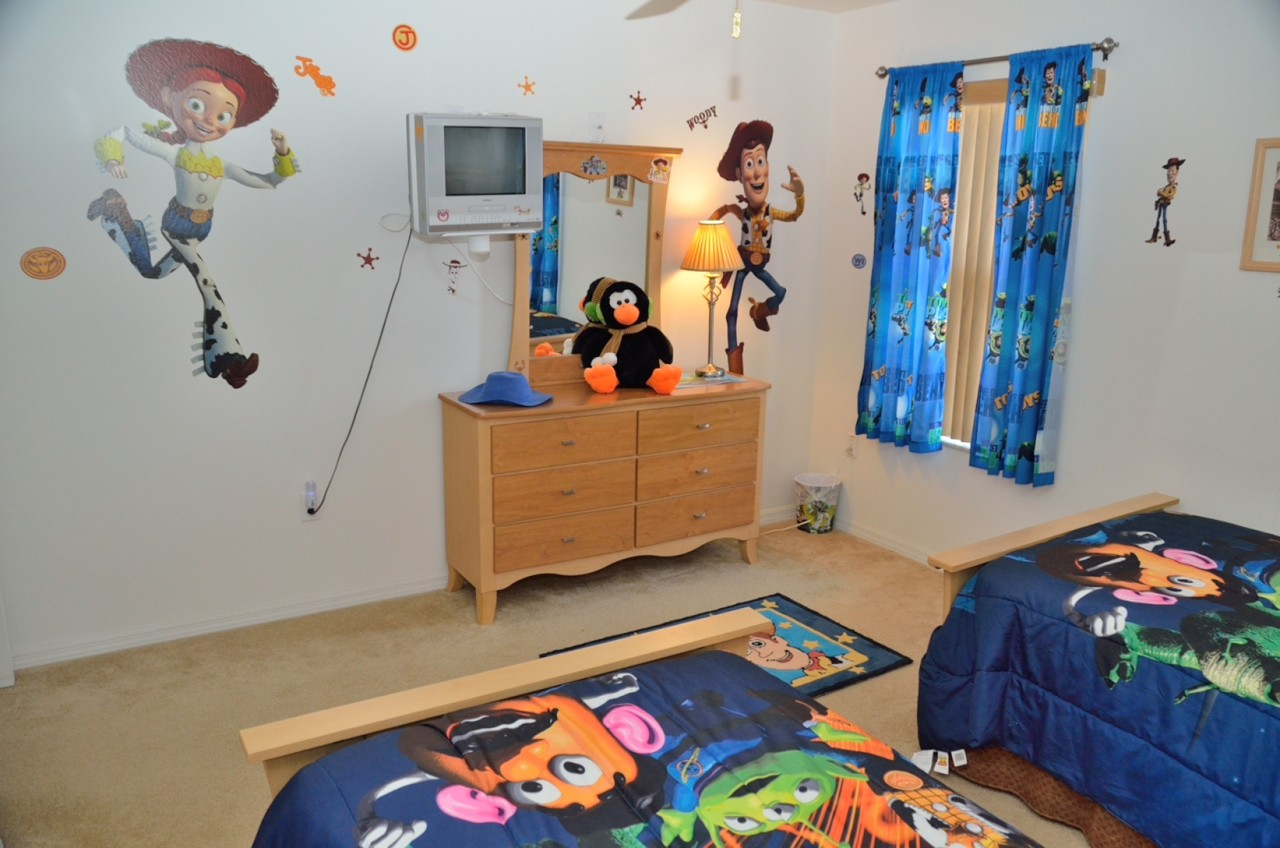 Woody wall sticker decoration Woody's friends pictures in bedcover Woody  figure as the pattern of carpet
