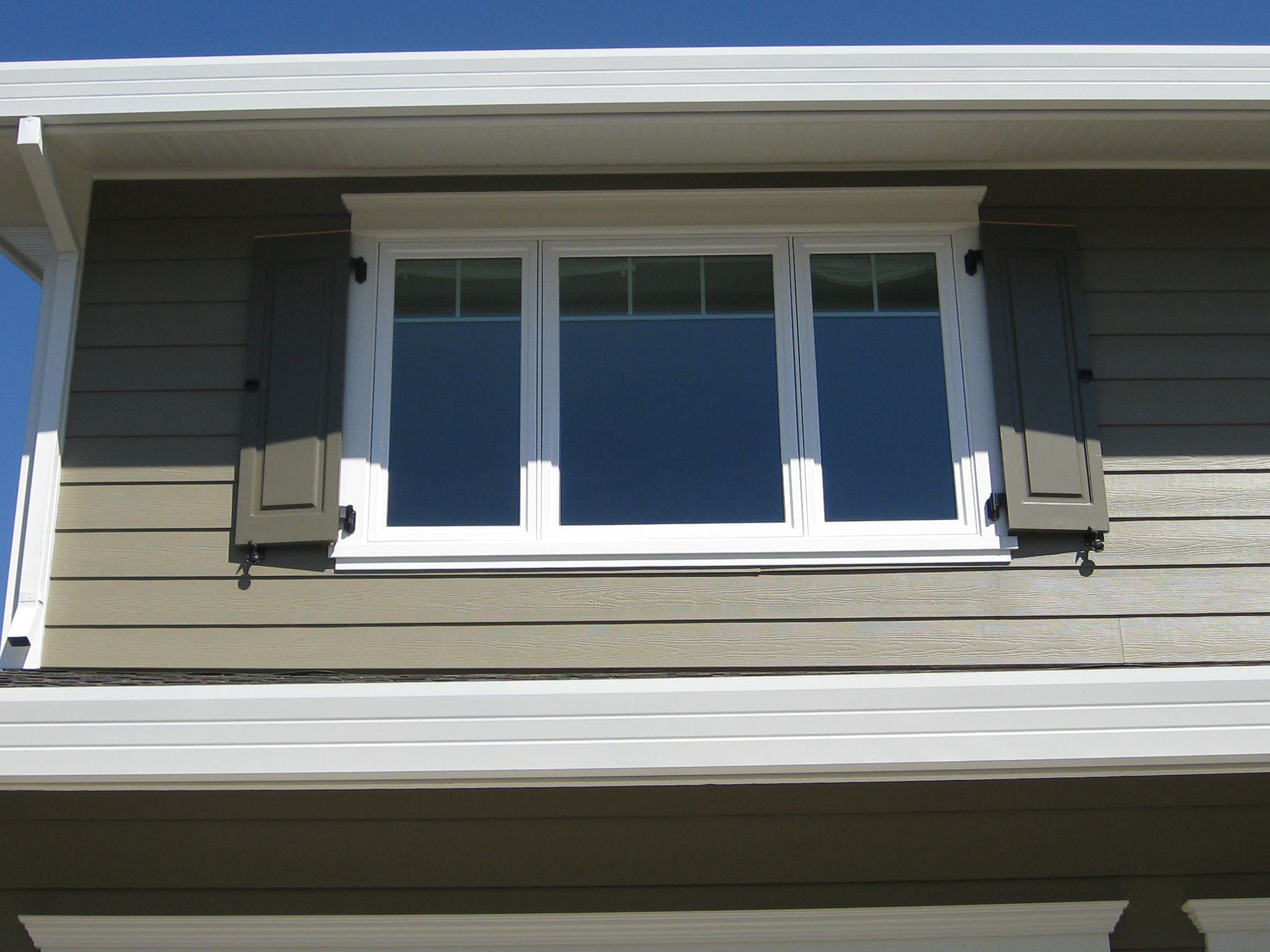 Adorable cool amazing nice wonderful fantastic nice outdoor window trim with triple window design concept wooden