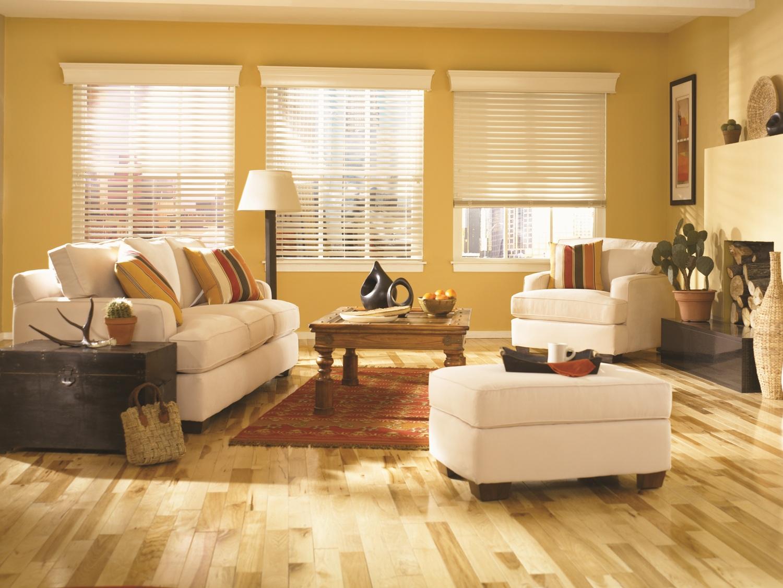 Wonderful variants of graber blind design for homes homesfeed - Cool living room window designs ...