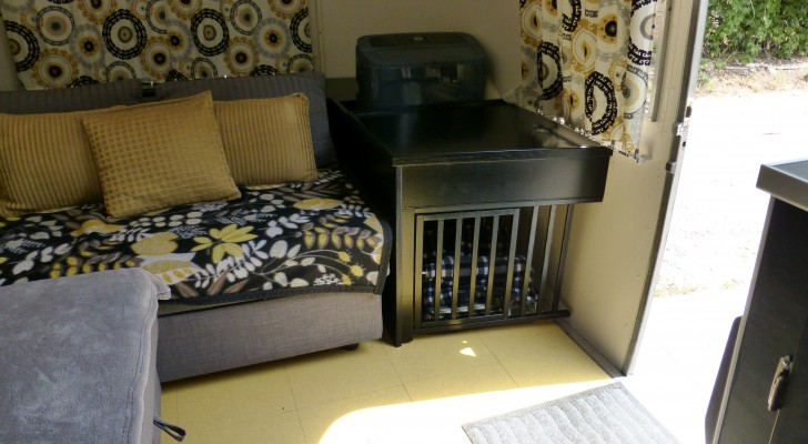 Charming Black Finishing Wood Dog Crate End As Table With Thick And Cozy Bedding For Dog  Living Part 7