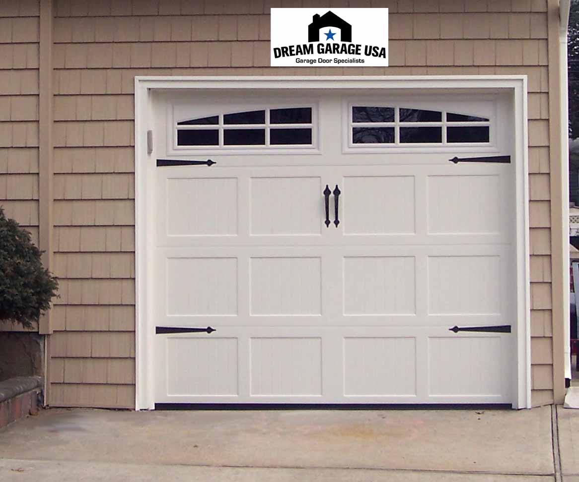 Creative design of garage door for modern homes homesfeed for Two door garage