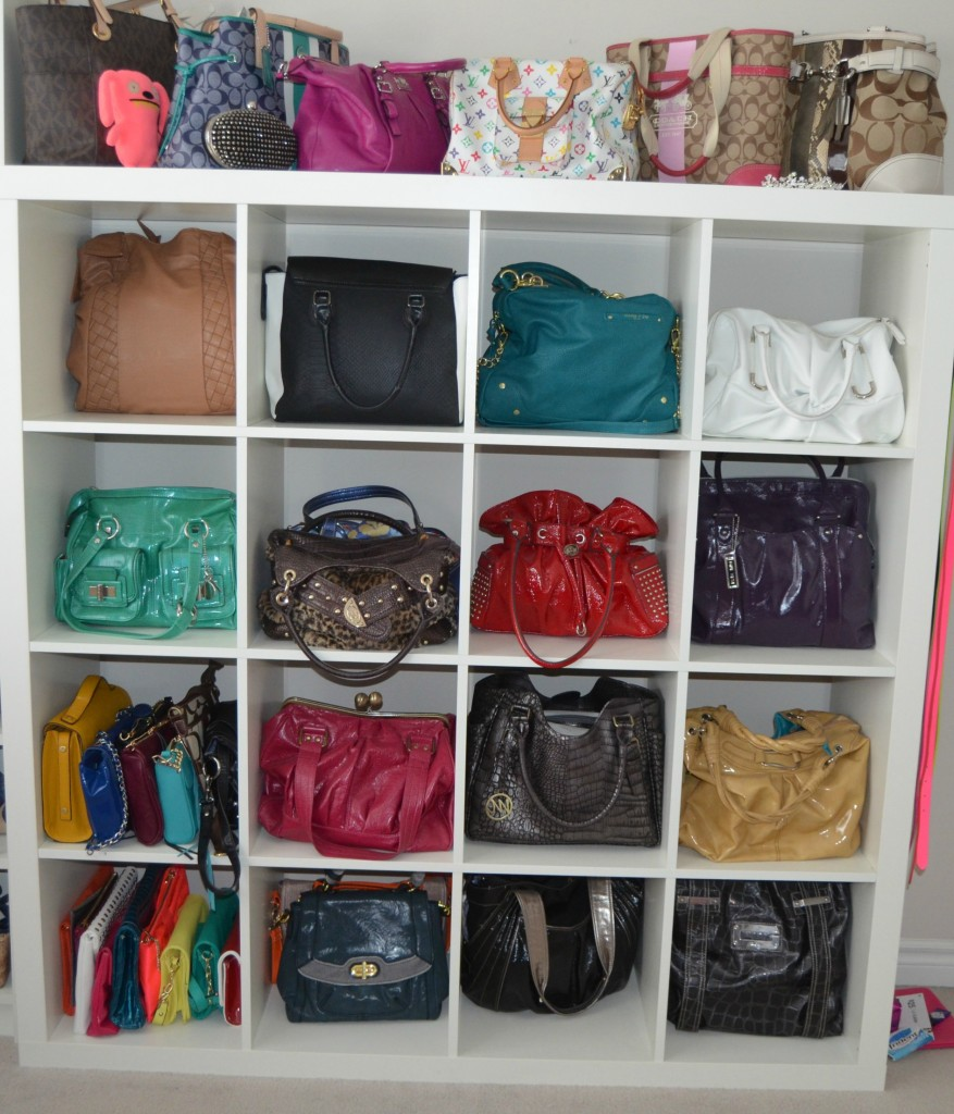Handbag storage ideas homesfeed - Small space bags ideas ...
