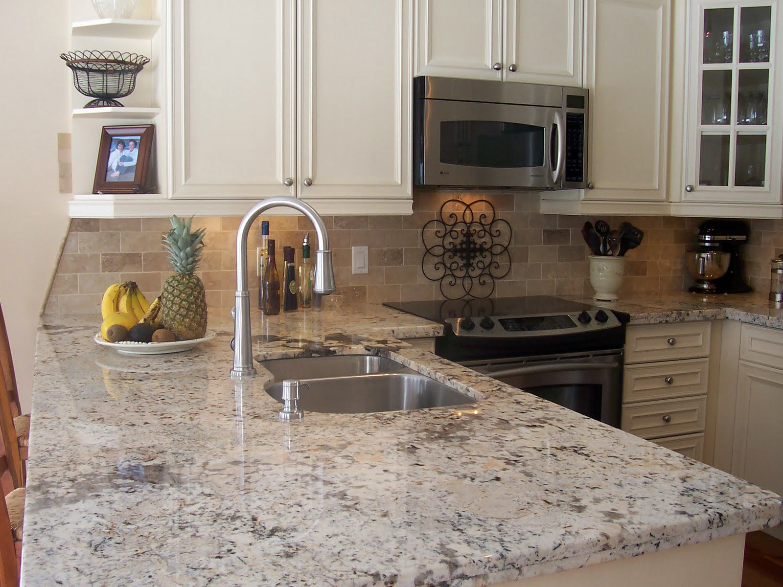 Cashmere White Granite for Countertop and Kitchen Island ...