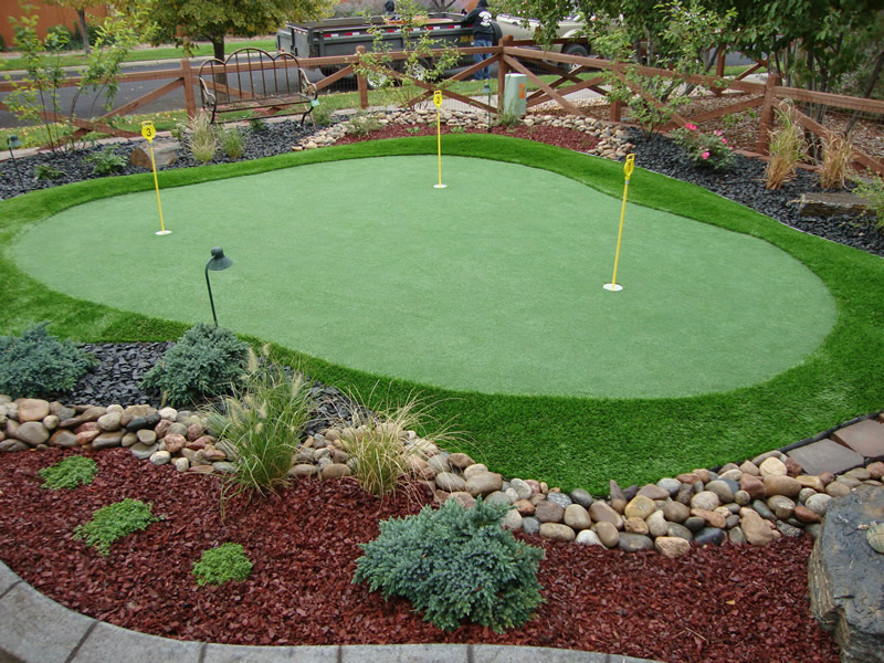 How To Build A Putting Green HomesFeed