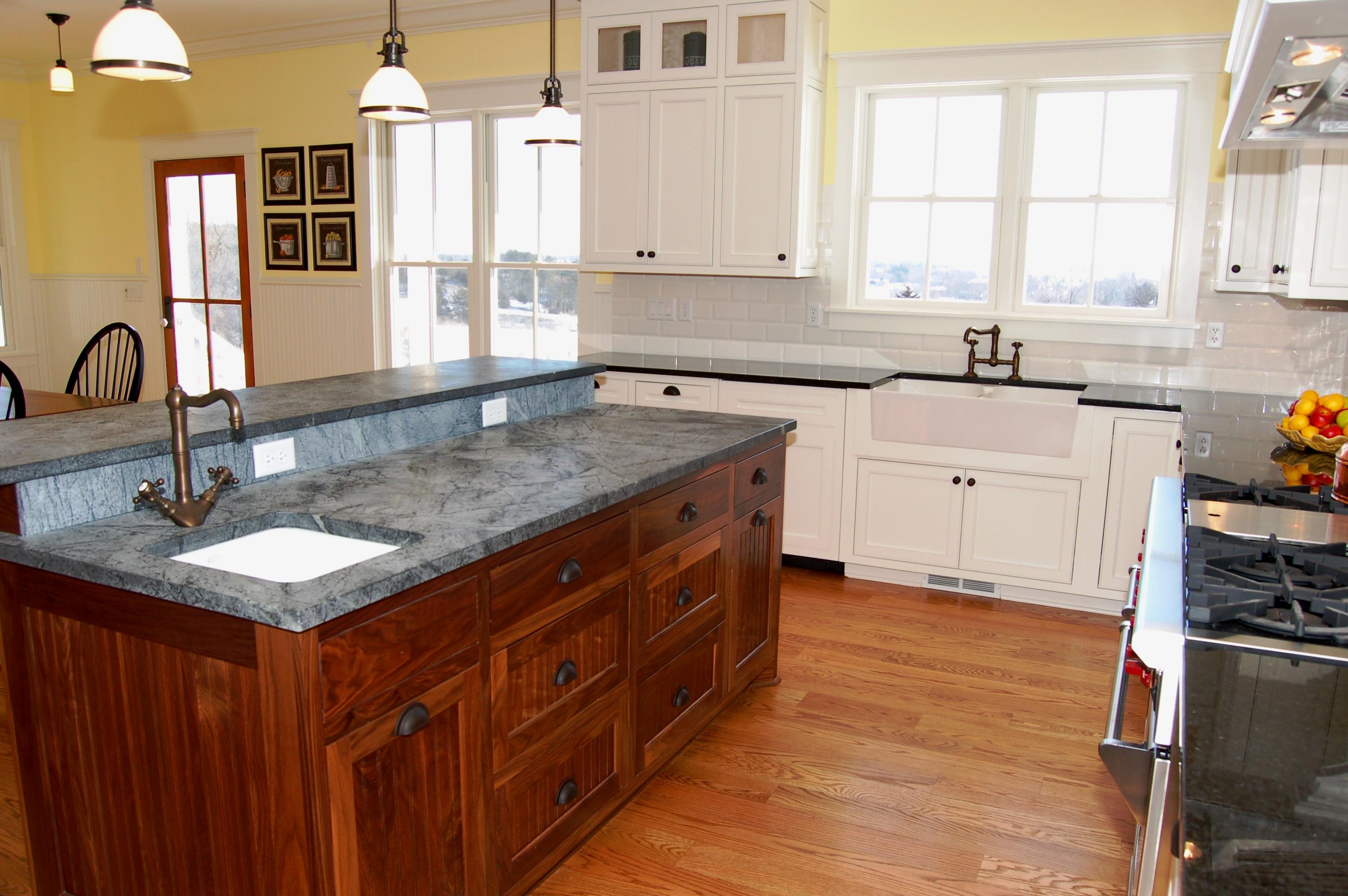 Bon Modern Classic Nice Adorable Wonderful Amazing Soapstone Kitchen Design  With Nice Black And White Pattern Design