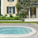 Round  Extra Large Built In Tub For Outdoor Cozy Relaxing Seating For Outdoor Pool Big And Luxurious Private Home Beautiful Outdoor Park