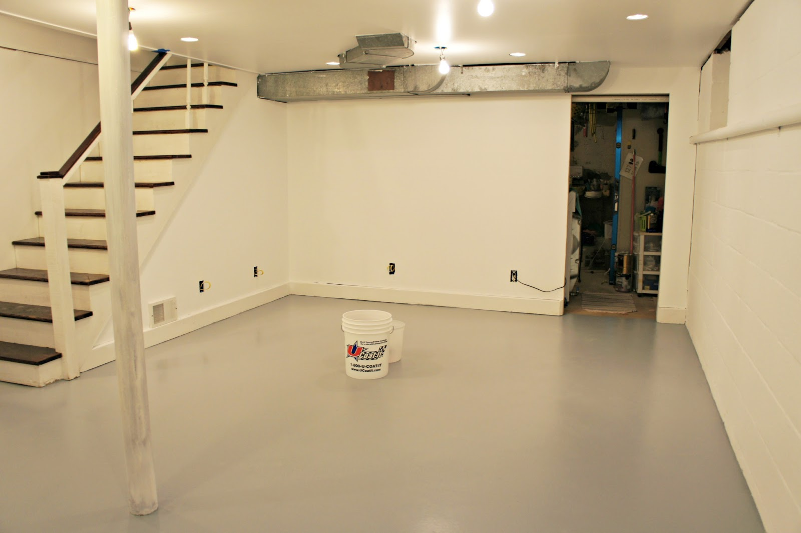 Best basement floor paint a new look of basement floor for Best flooring for basement family room