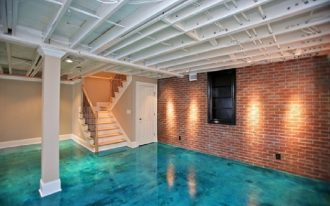 solvent-based epoxy paint in blue ocean color medium-high stairs single big pillar red bricks wall system