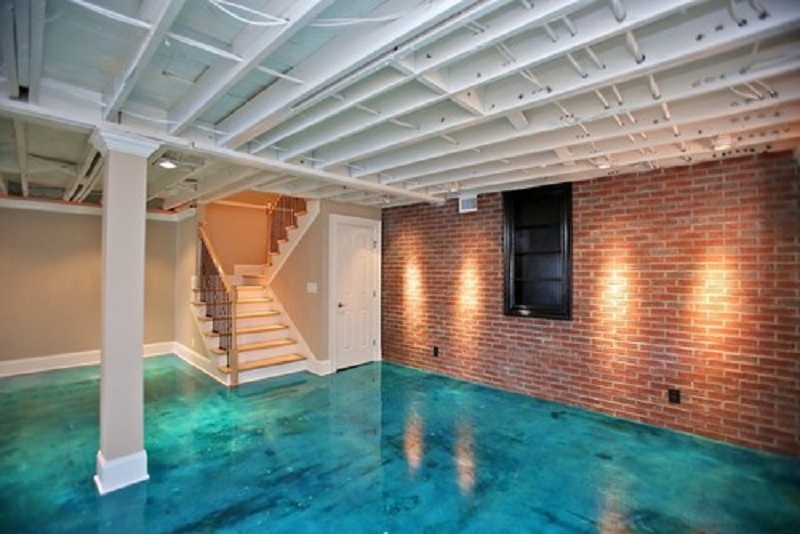 solvent-based epoxy paint in blue ocean color medium-high stairs single big pillar & Best Basement Floor Paint: A New Look of Basement Floor | HomesFeed
