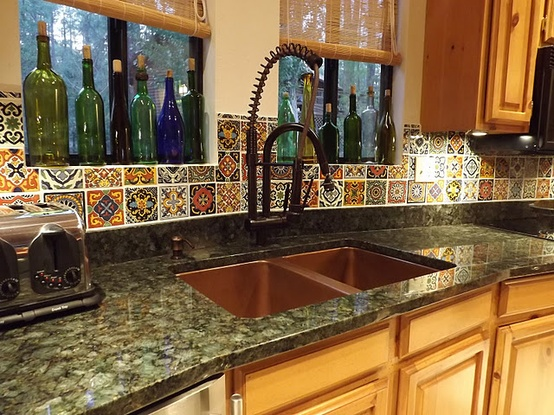 Spanish tile backsplash best choice for creating mexican for Mexican kitchen designs photos