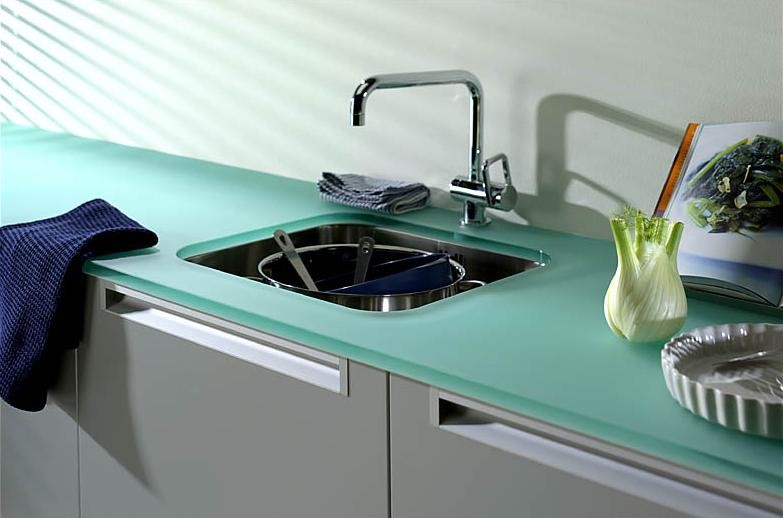 Hot and cheap countertops homesfeed for Tempered glass countertop