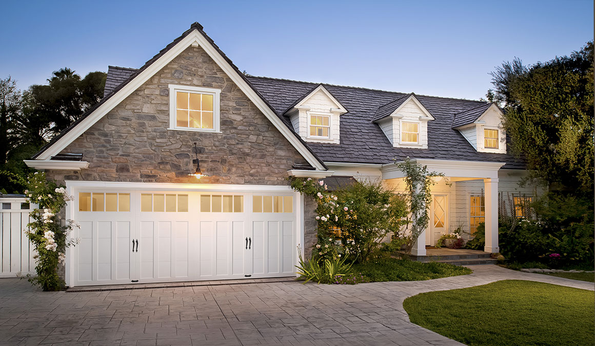 Craftsman style garage doors homesfeed for Garage style homes
