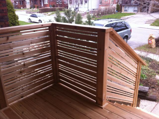 Nice concept and design of horizontal deck railing for for Horizontal house plans