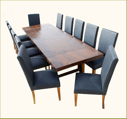 Person Dining Table Designs And Benefits HomesFeed - Dinner table for 12
