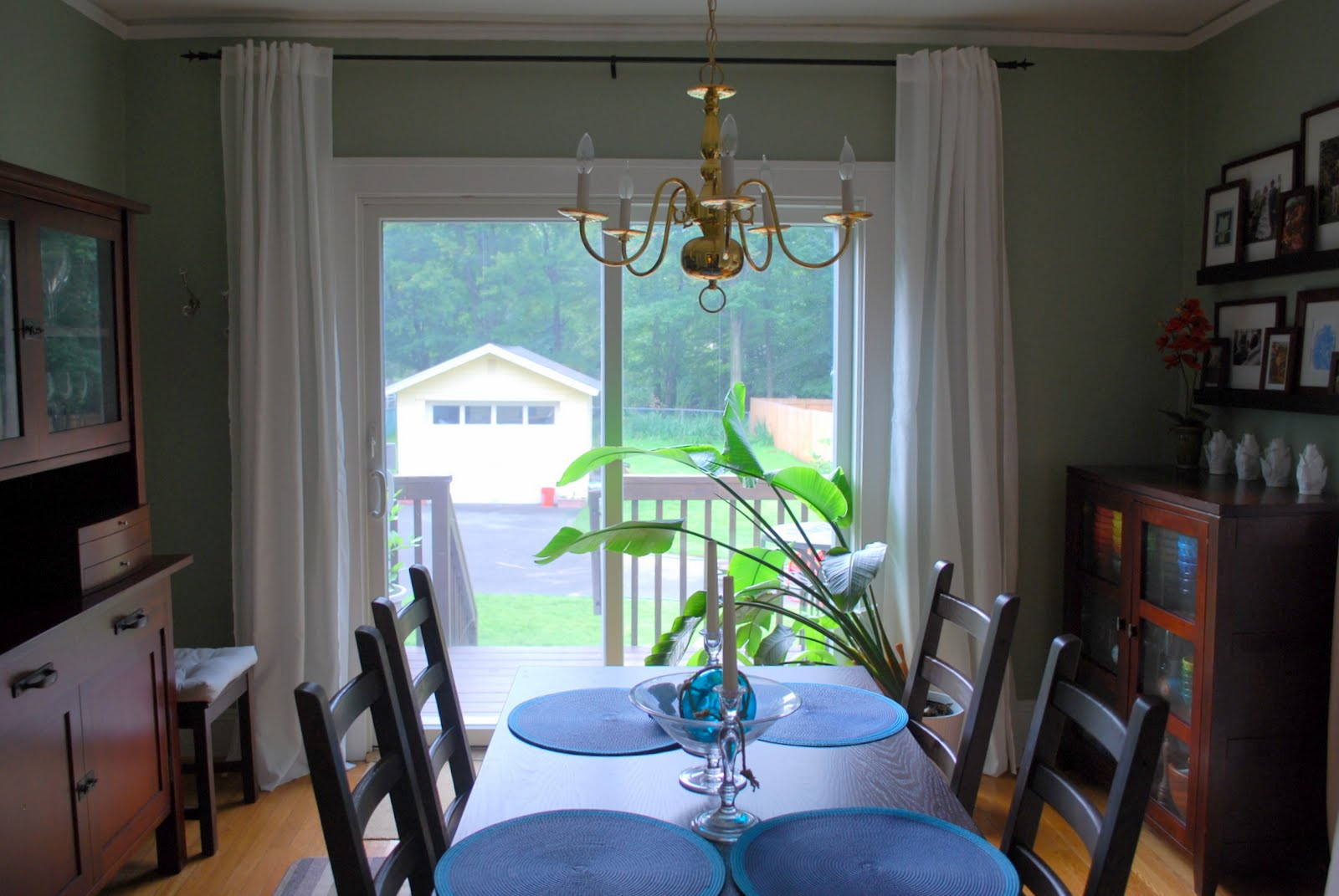 Floor To Ceiling White Curtain For Large Sliding Glass Door With Bronze Draper Rod Simple Dining