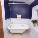 nice-adorable-simple-nice-small-room-narrow-bathtub-with-blue-small-bathtub-with-white-concept-and-narrow-room-bathroom