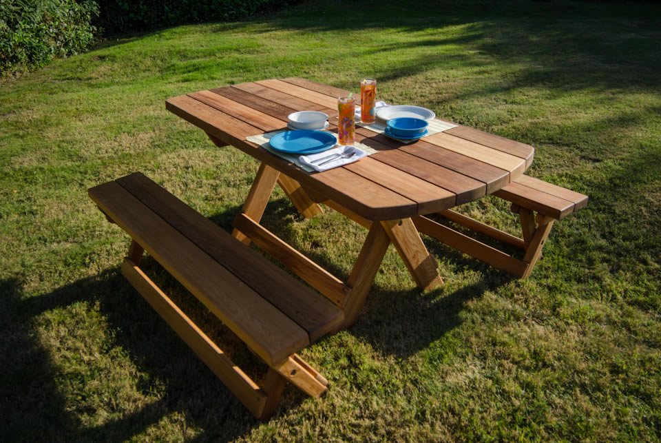 Cool Picnic Table The Use And Varieties Homesfeed