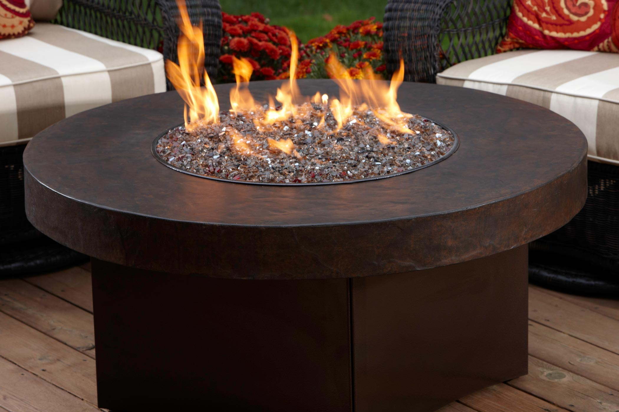Round And Black Fire Pit Table For Outdoor A Set Of Outdoor Furniture Part 68