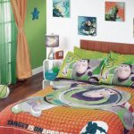 wonderful-cool-nice-awesome-elegant-unbelievable-buzz-toy-story-bedding-set-with-orange-bed-sheet-color-with-nice-buzz-pillow