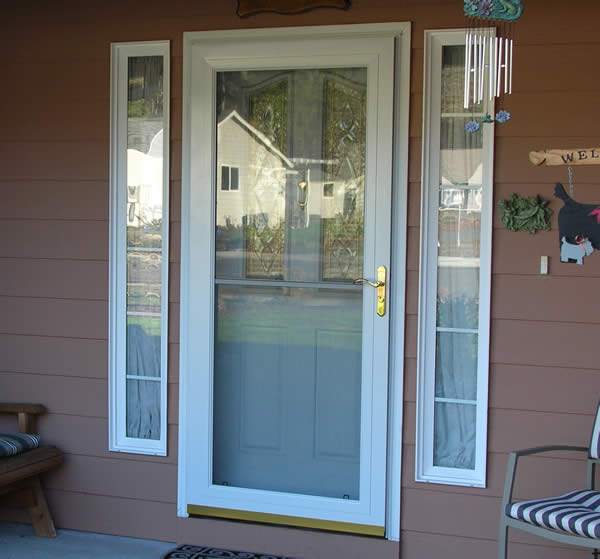 Pella Rolscreen Fullview Aluminum Storm Door With