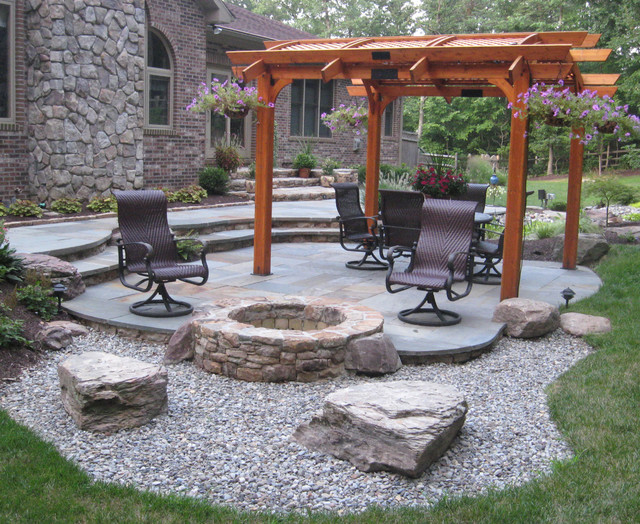 Charmant Beautiful Patio With Black Wood Finishing Furniture And Underground Stones Fire  Pit