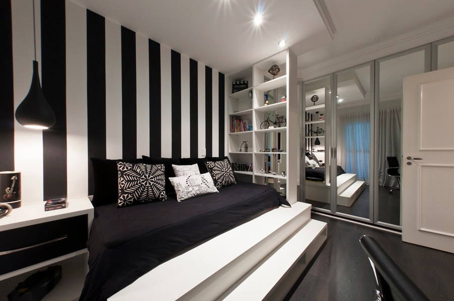 Black And White Bedroom Ideas With Strip Wallpaper Display Book Shelves Bed Plus Closet